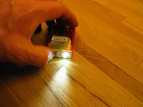 Как из батарейки сделать лампочку