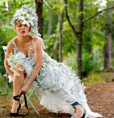 Фото.  Необычное свадебное платье.